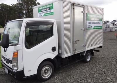 Small Box Truck 11m3-3