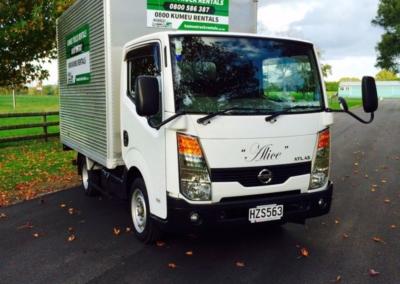 Small Box Truck 11m3-4