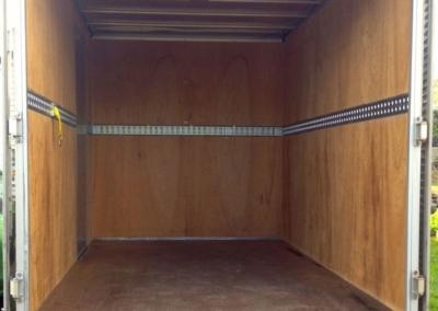Small Box Truck 11m3-5