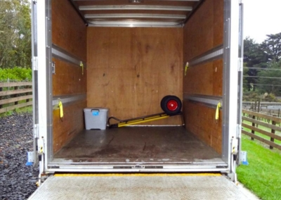 Small Box Truck Tail 11m3-2