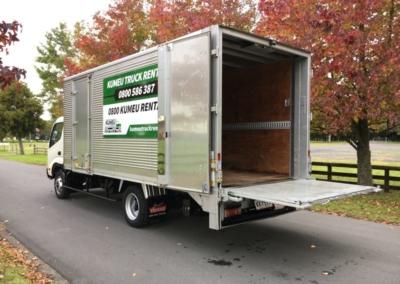 Large Box Truck 22m3-4