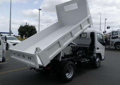 tipper-truck-rental-4
